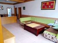 出租万星苑花园3室2厅1卫110平米1200元/月住宅